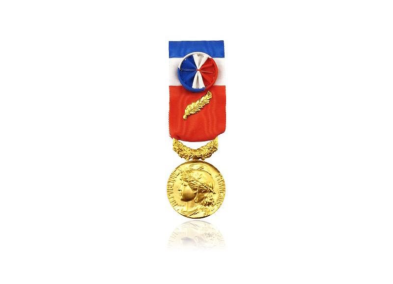 Médaille d'or du travail- DRAGO PARIS